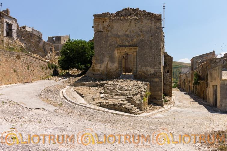 POGGIOREALE- Chiesa di Gesù e Maria
