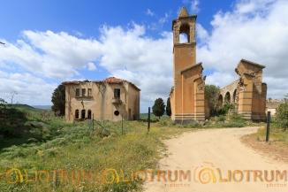 Villaggio abbandonato