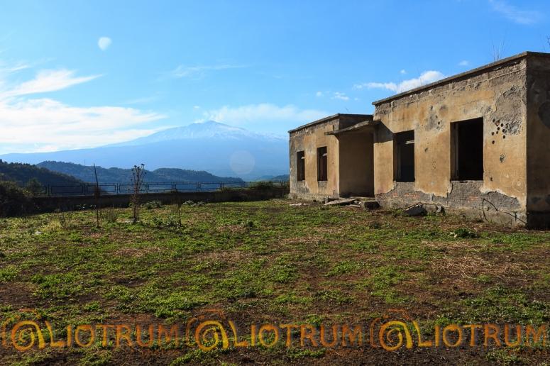 Borgo San Giovanni - vista Etna