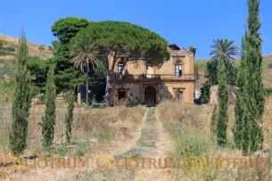 Villa Crocchiolo - Villa abbandonata